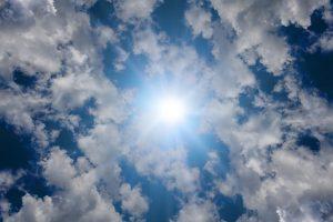 clouds-3476252_640_byGeralt_pixabay_lizenz_cc0