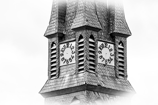 steeple-1649716_by_ADifferentPerspective_pixabay_lizenz_cc0